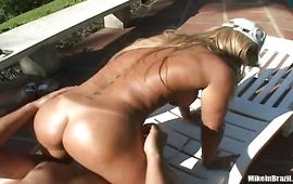 Attractive blonde playgirl Alessandra Dias gets eaten and spooned by a hung hunk