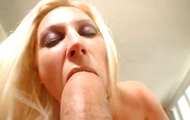 Breathtaking mature Devon Lee is enjoying while her boyfriend is shoving large wang in her tight cherry