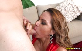 Blasting and digging ravishing latin lady Gabriela eager pussy for a hot large o