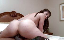Sugary Coco Velvet rapidly toys her nympho love button while being fiercely drilled
