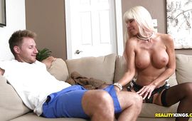 Aphrodisiac mature hottie Kasey Storm is eager to blow a pike