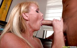Slender mature beauty Taylor Wane is always ready for some intense and hawt sex
