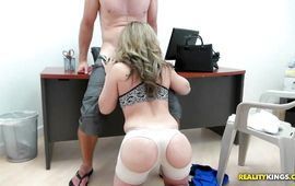 Vehement Carmen Valentina gets drilled by boyfriend