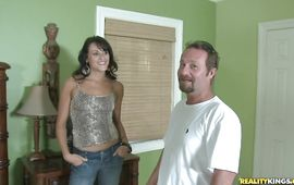 Bewitching mature Mindy Vix decided to begin making porn videos right away