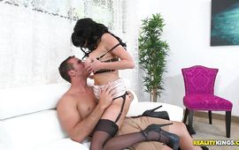 Sinful mature beauty Veronica Avluv reaches a huge and hard large o
