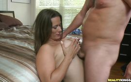 Dazzling mature girl Zoey Oneill mesmerizes buddy with pecker riding