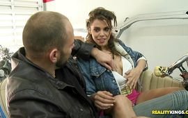 Strong playmate drills salacious latin girl Gigi Loren's skinny putz with all his might