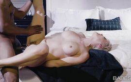 Lewd blonde Ryan Keely shows off her tight body previous to giving a blowjob