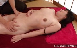 Luscious maiden is smoking hot who likes to get fucked