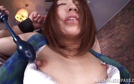 Wanton bombshell Raina receives a amoral cuch pounding