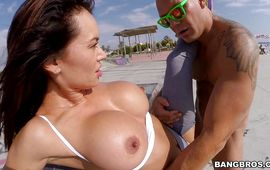 Ravishing latin Franceska Jaimes with huge tits is kissing playmate previous to riding his dangler