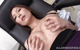Dazzling Yuna Shiina rides hard dinky as a cowgirl