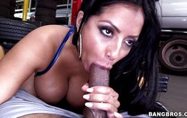 Delectable latin Kiara Mia eagerly receives a pleasure pounding