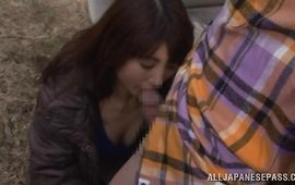 Sweet mature Naomi Sugawara is eagerly sucking a huge phallus coz she wants to get fucked hard