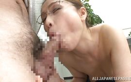 Sexual mature minx Yurie Matsushima gives an expert oral pleasure