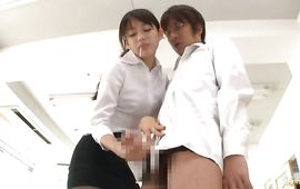 Passionate mature Shou Nishino with sexy nipples spreads her legs and got fucked