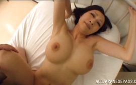 Shameless mature floosy with huge tits gets thoroughly doggy styled