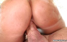 Stupefying brown-haired minx Monica Santhiago got drilled in the gash after she was eagerly sucking pal's beef bayonet
