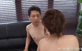Worshipped older Sayuri Honjyou with perfect body receives a strong lever