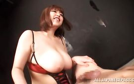 Pungent Marie Momoka lifts her vag up to get drilled so hard