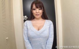 Cunning mature Hitomi and pussy tester decided to make a video while they are fucking like eager