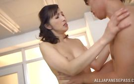 Voluptuous lady Nobuko Terabayashi vigorously rides a love rocket