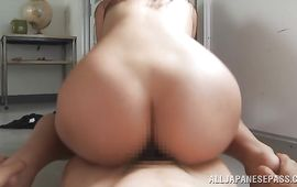 Magnificent minx Yuki Kami is glad by her stud's thick sausage