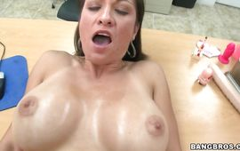 Breathtaking mature floosy Karrlie Dawn cums hard while being group-fucked in all holes
