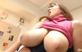 Mate gave magnificent mature Hitomi Tanaka what she needed