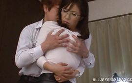 Tempting busty mature perfection Yukino Shindou can't make no doubt of the size of this large monster