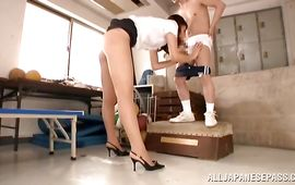 Lad is fucking dishy beauty Kaede Imamura to check his skills and shape