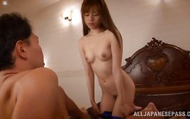 Sinful babe Rina Rukawa sitting on a dangler for her big o